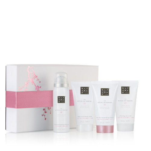 Sakura Relaxing Treat Giftset Small BOX.jpg