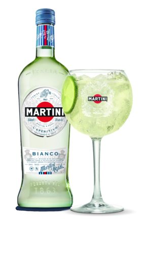 Martini_Bianco_75cl_mit_Drink.tif