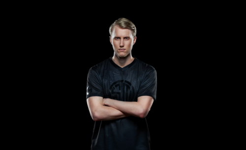 HighResolutionPNG-Pro Wireless Zven Wide Portrait-png