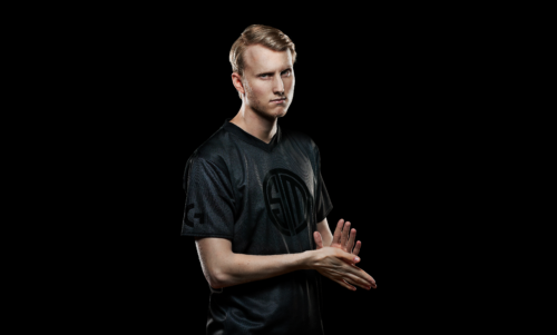 HighResolutionPNG-Pro Wireless Zven Side Portrait Work-png