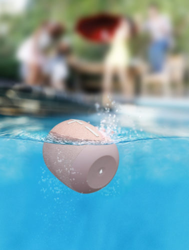 HighResolutionJPG-WONDERBOOM2 lifestyle2 pool waterline Just Peach-jpg